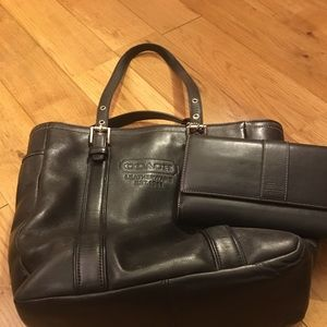 Coach Vintage Bag & Wallet ... 100% Leather